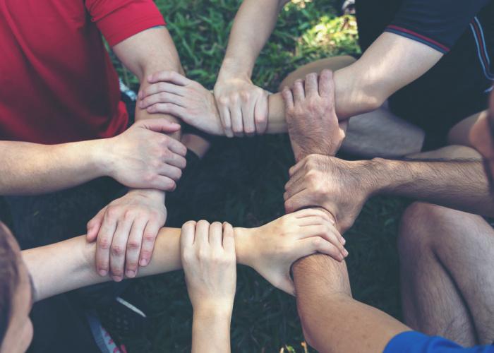 handen samenwerken